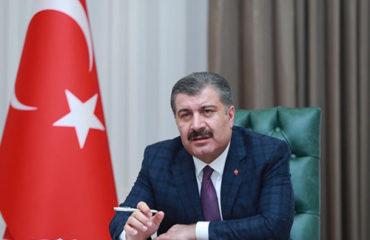 وزير الصحة التركي قريبا جدا سنتخلص من الكمامة